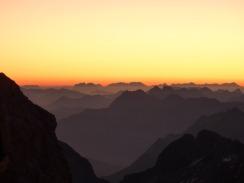 mountains-392669_640
