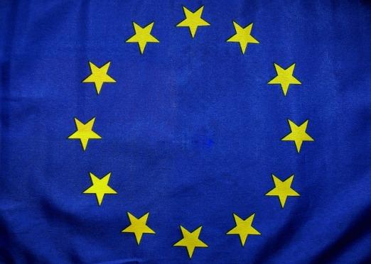 euro-flag-1776253_640.jpg
